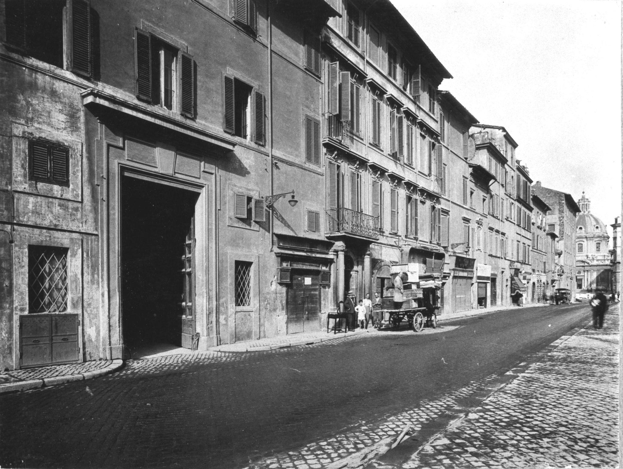 Via Alessandrina prima delle demolizioni, nel 1932